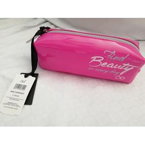 b9dc06671 Kit De Viaje Con Cosmetiqueras - Otros de Mujer en Mercado Libre México