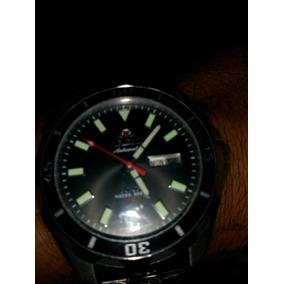 Vende Se Um Relógio Orient
