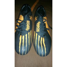 Zapatos De Futbol Garcis - Tacos y Tenis Césped natural de Fútbol en ... eedaa57c283b9