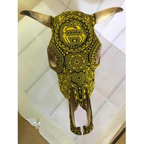 Arte Huichol Cabeza De Toro Cráneo Real Cuernos Amarillo.