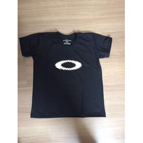 Baby Look Oakley Feminina - Camisetas e Blusas Manga Curta para ... 8c008eee9c3