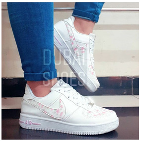check out 8262a d2973 Zapatillas Nike Force One Dama
