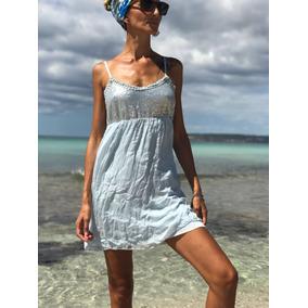 Vestido de seda azul claro