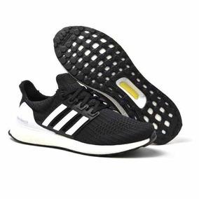 Tênis adidas Ultra Boost Preto/branco