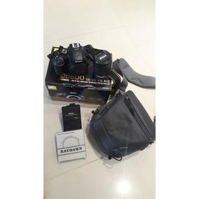 Nikon D5600 - Kit Lentes 18-55mm
