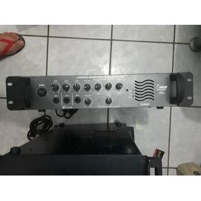 Amplificador Ja Com Comtroler De Graves Medios E Agudos..