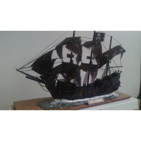 Perla Negra Barco A Escala