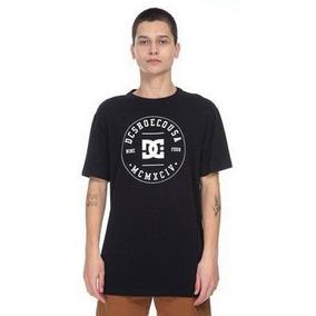Camiseta Dc Shoes Tamanho G - Camisetas Manga Curta para Masculino ... b26aec43d1885