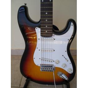 Guitarra Condor Strato Sumbust. Novíssima.