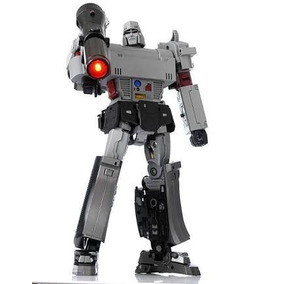 Transformers Masterpiece Megatron (megamaster)