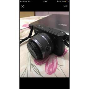 Câmera Semi Profissional Nikon 1 J1
