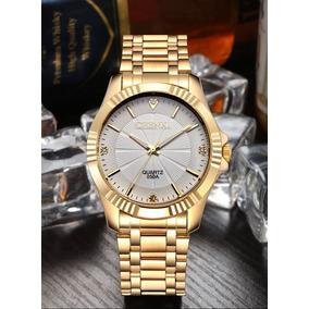 b2ad87c800e Relógio De Aço Inoxidável Fundo Branco - Relógios De Pulso no ...