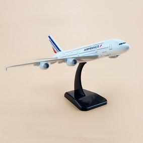 Miniatura Avião Metal Airbus A380 Vários Modelos 20x18cm A18