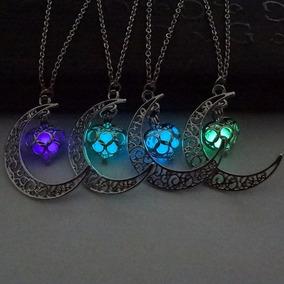 Collar Dije Corazón Y Luna Brilla En Oscuridad Luminiscente
