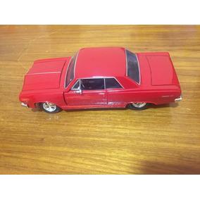 Miniatura Metal 1:24 Chevrolet Malibu 1965 Colecionavel