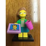 Minifigura Lego Los Simpsons Serie 2 Edna Krabapple