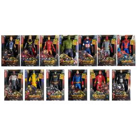 Boneco Vingadores Marvel 30 Cm Guerra Infinita Luz Som Cada