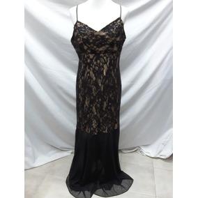 Vestido de noche negro de encaje