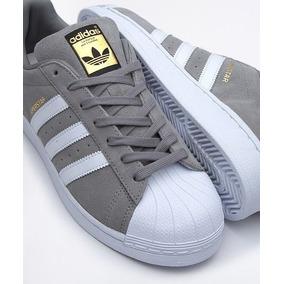 sports shoes ad739 e29ea adidas Superstar Gamuza