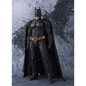 Batman: The Dark Knight - S.h.figuarts
