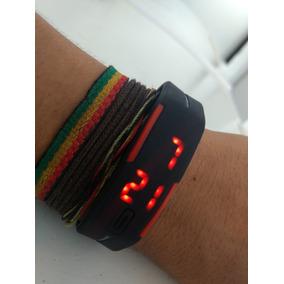Relógio Digital Com Led Vermelho.
