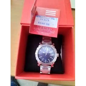 Reloj Nivada Swiss Quartz, 5atm Water Resistant De Acero.