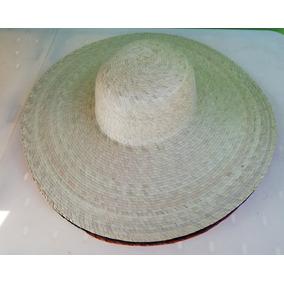 Sombrero De Playa Hecho De Palma