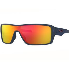 Iridium Blue De Sol - Óculos De Sol Oakley Com proteção UV no ... 8358669df5