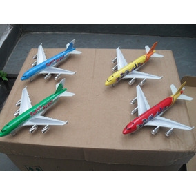 Avião De Metal Para Colecionador