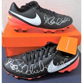 Chuteira Nike Ronaldinho R10 Vinho Roupas - Chuteiras Nike para ... 03acc66385df6