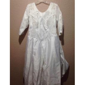 Vestidos de novia en manta blanca