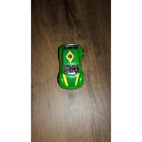 Mini Car New Beter Brasil Versão Copa Do Mundo 2014 Bandeira
