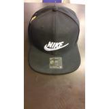 Gorra Nike Swoosh Pro en Mercado Libre Argentina 6c921005c1e