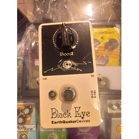 Pedal Earthquaker Devices Boost Black Eye - Wood Music