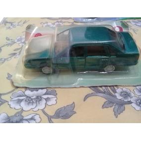 Miniatura Vw Santana 1996. Lacrado Na Embalagem Original.