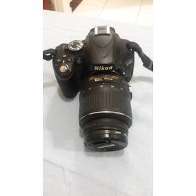 Nikon D5100 + Lente 18-55mm + Bolsa + Acessórios