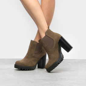 29b246d04 Bota Moleca Feminina Chelsea - Sapatos no Mercado Livre Brasil
