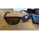 15bedb7d00da7 Óculos De Sol Oakley Holbrook Polarizado - Preto ouro