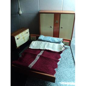 Antiguo Juego Muebles Dormitorio Y Ropa Muñecas