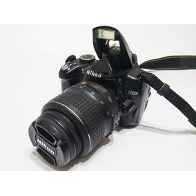 Nikon D5000 + Lente 18-55 + Bolsa