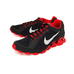 9212e6fd31 Zapatillas Nike Reax 8 Hombres - Ropa y Accesorios en Mercado Libre Perú