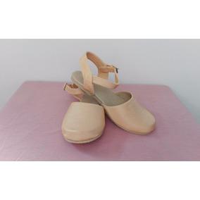 Zapato Semicerrado Para Niña Color Oro
