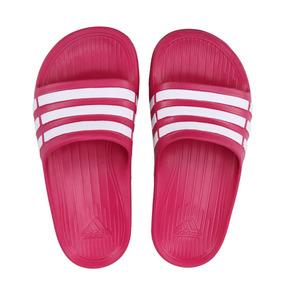 f2092c6cecf215 Chinela Adidas - Chinelos para Meninas no Mercado Livre Brasil