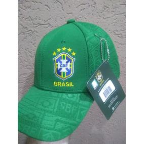 Bone Da Seleção Brasileira Oficial - Acessórios da Moda no Mercado ... 11705b13e23