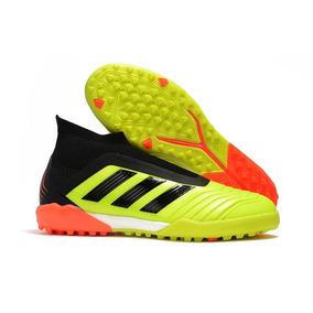 b058f467f7 Chuteira Society Adidas Sem Cadarço Adultos - Chuteiras no Mercado ...