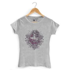 b130ed85f Camiseta Feminina Estampa Caveira E Flores - Calçados