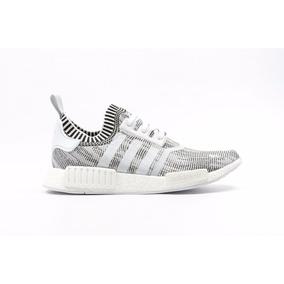 separation shoes fedf9 0de74 Tenis adidas Nmd R1 Primeknit Grey Glitch Oreo Boost