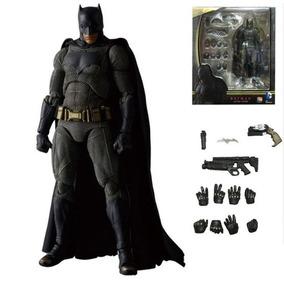 Caixa De Brinquedo Batman - Bonecos e Figuras de Ação no Mercado ... c9f14f56c7c