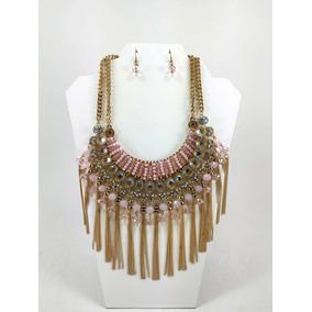 Collar Y Aretes Con Barbitas Color Dorado Y Piedra Rosa