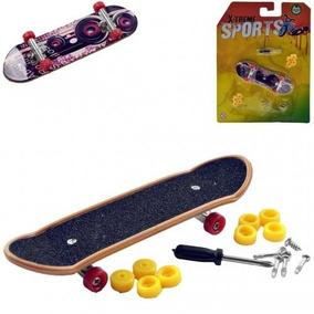 Skate Feminino Profissional Barato - Brinquedos e Hobbies no Mercado ... d1732c7f20a
